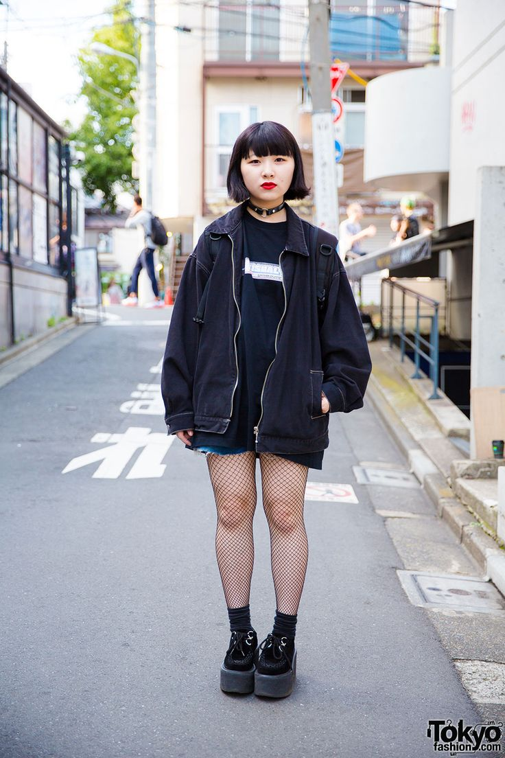 18-year-old Mo-Chi on the street in Harajuku wearing all black resale fashion with fishnets and Nadia Harajuku platform creepers. Full Look
