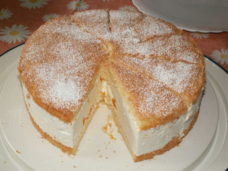 käse sahne torte mit mandarinen - my favourite from my year in Germany - light and lovely