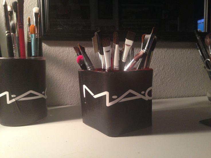 DIY: mac brush holder