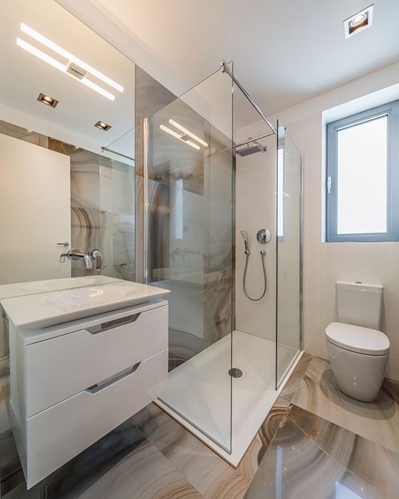 wood finishing tiles / Bucharest apartment / Studio 3plus
