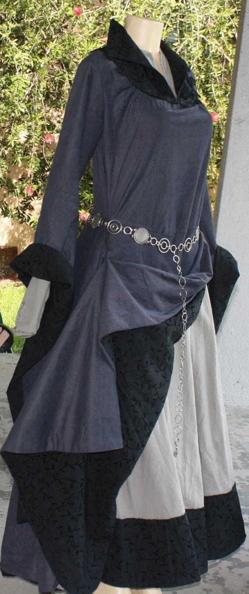 lovely! potential Druid robe idea ;)