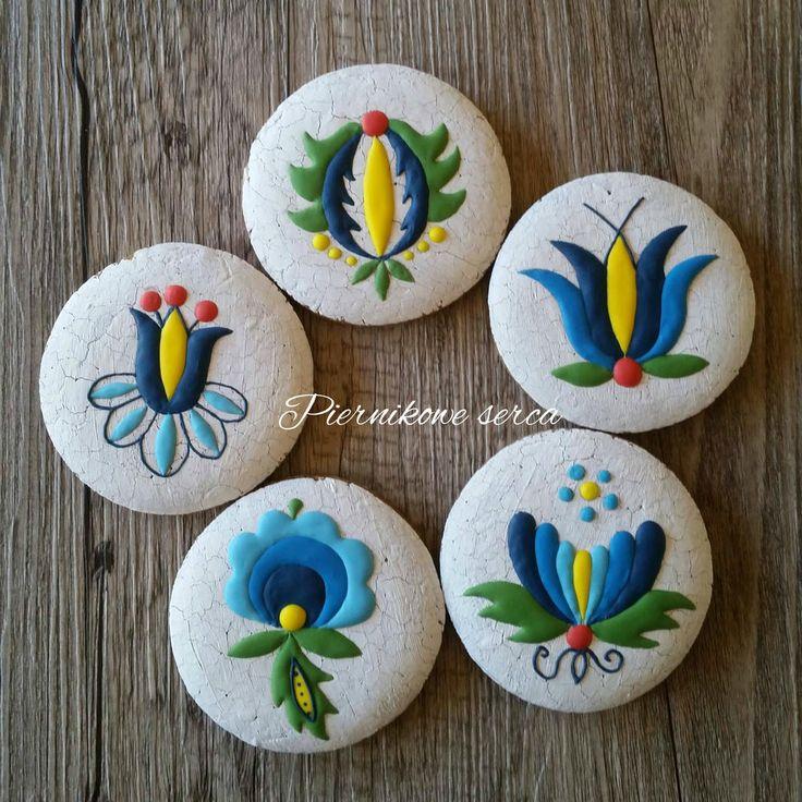 Kashubian embroidery patterns