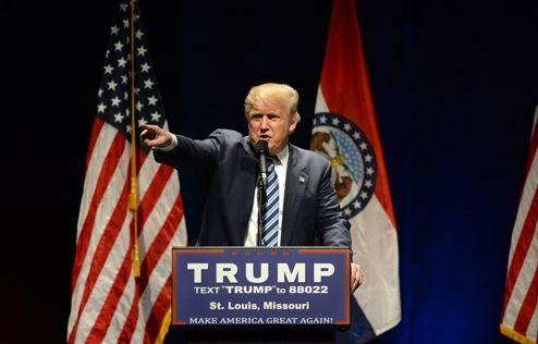 Trump-Team verhindert Einladung von Twitter CEO Dorsey - https://apfeleimer.de/2016/12/trump-team-verhindert-einladung-von-twitter-ceo-dorsey - Nachdem wir Euch heute schon von dem Treffen der US-Techgrößen mit Donald Trump berichtet haben, wollen wir Euch noch eine kleine Info nachschieben: Jack Dorsey, seines Zeichens CEO von Twitter, wurde anscheinend absichtlich vom Trump-Team nicht zu dem Treffen eingeladen. Und das, obwohl Twitter ...