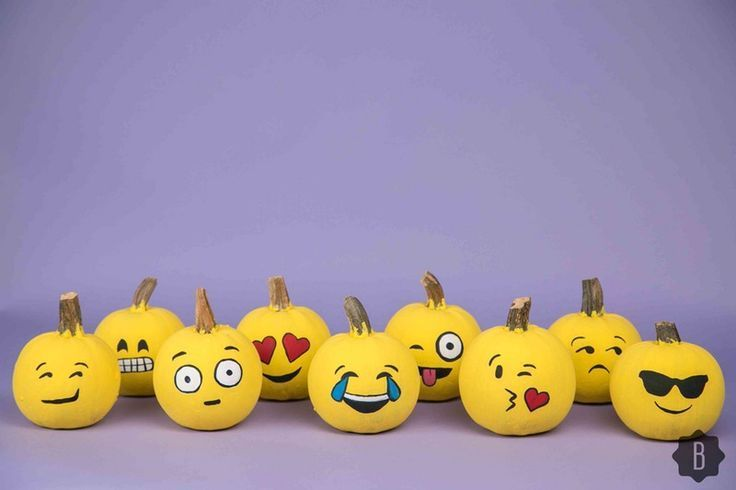 @bustledotcom brings it yet again with these super-fun emoji pumpkin designs. No carving means no exposed pumpkin flesh means longer lasting decorations.
