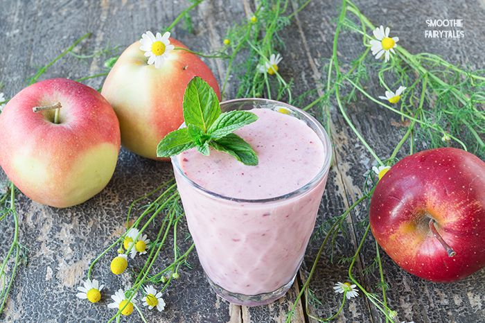 This vitamin-rich Apple and Cherry Smoothie is super easy & quick to make (less than 5 mins). It is perfect for a healthy snack or breakfast.