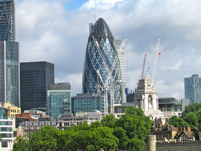 The Gherkin - This iconic building is another new addition to the city of London. It has a great an unusual structure which makes it stand out from the other buildings. There are many great pieces of architecture spread out across London, The Gherkin is definitely one of them.