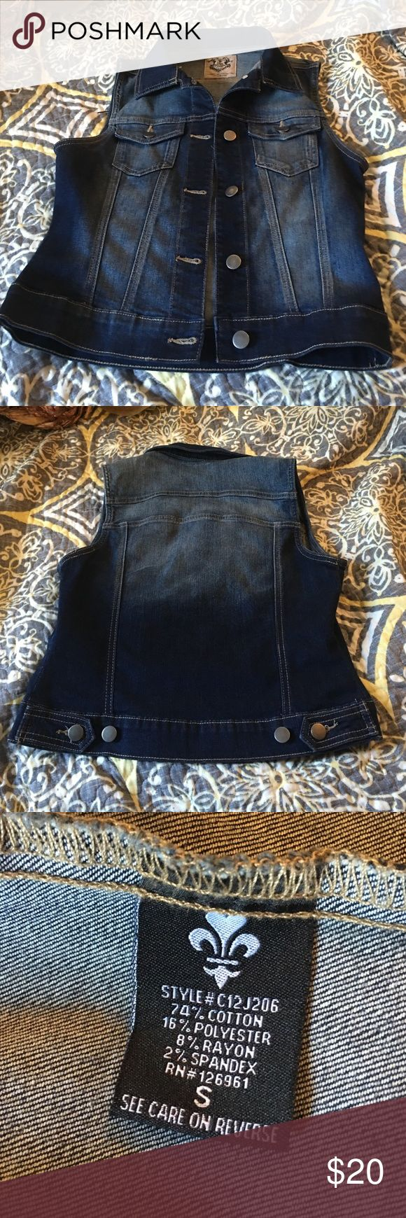 Short sleeves jean jacket Excellent condition Jean jacket Love Culture Jackets & Coats Jean Jackets