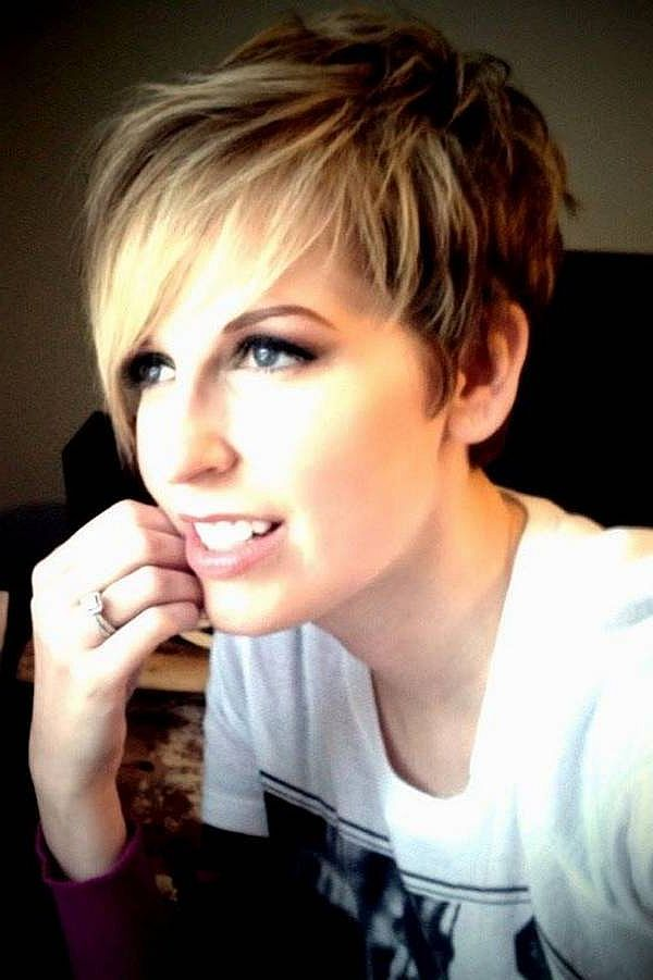 Feathered chic pixie with longer side bangs