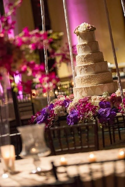 wedding cake suspended from ceiling 46 best images about cakes in suspension on 25861