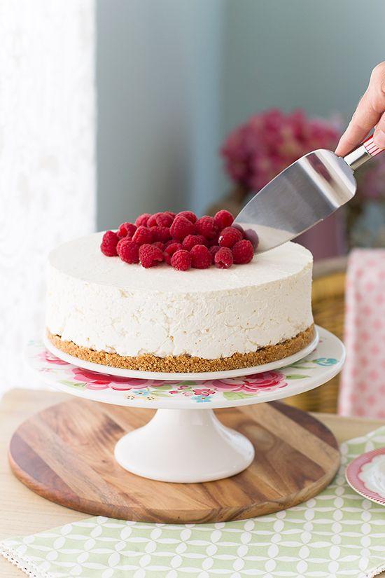 Que delicia..{NUEVA receta} Si te gusta la mousse y la crema pastelera..está es tu tarta!  Tarta mousse de crema pastelera, en solo 30 minutos la tienes!