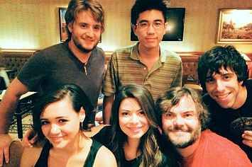 """Jack Black And The """"School Of Rock"""" Kids Reunited 10 Years Later"""