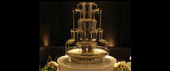 Chocolate Fountain Hire   Phone 0426 813 569   Brisbane   Gold Coast   Sunshine Coast   Toowoomba Double white chocolate