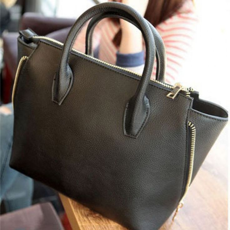 This bag is so gorgeous, it will be my favourite if I'll have her.