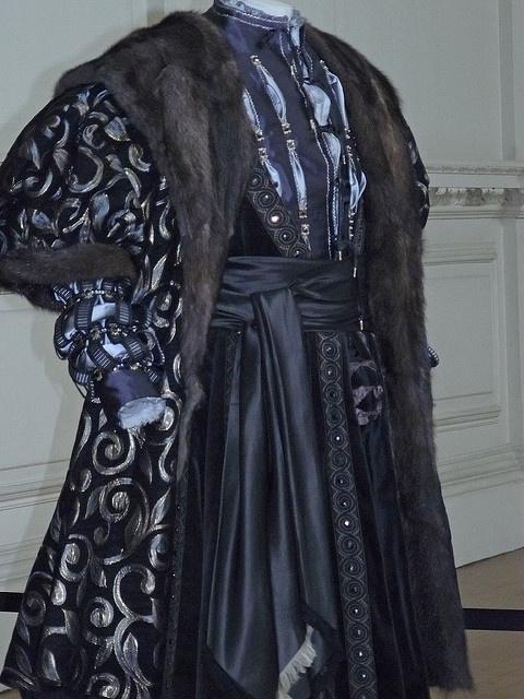Male Costume from the Tudor era.Tudor Inspiration, Boleyn Girls, Hampton Court Palace, Style Costumes, Tudor Fashion, Tudor Style, Male Costumes, Court Palaces, Costumes Ideas