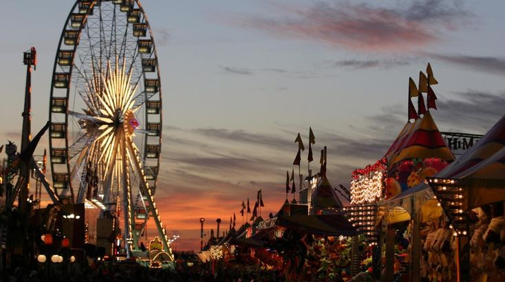 Visiting Houston, Texas for the Houston Livestock and Rodeo Show? Check out our list of things to do before and after the rodeo!