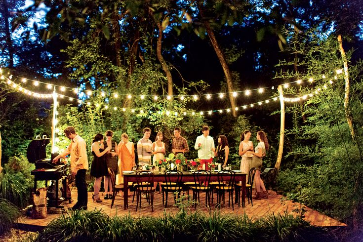 outdoor dinner party magic at Julia Ziegler-Haynes' home