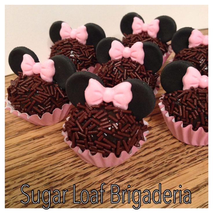 Minnie Mouse brigadeiros