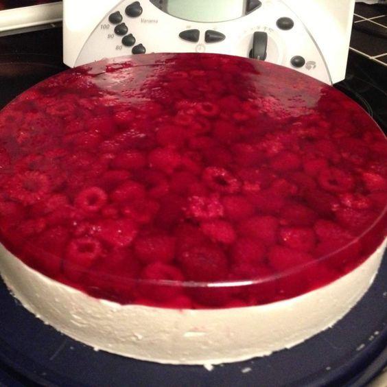 Geheime Rezepte: Himbeer - Sahne - Torte