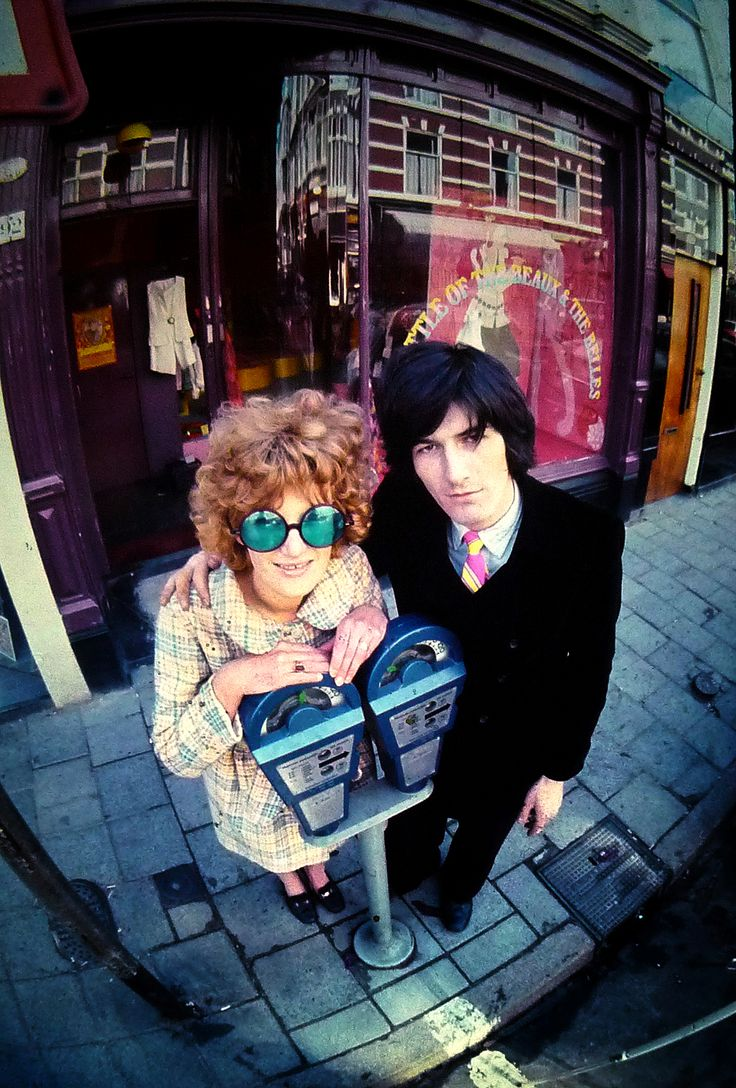 Puck & Hans in front of their 1st shop - The Hague - Holland,  1968
