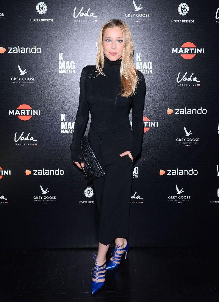 Kasia Warnke w szpilkach marki Baldowski       Zobacz cały artykuł na naszej stronie: http://fashionmedia.pl/2016/03/21/kasia-warnke-w-szpilkach-marki-baldowski/  Kategorie: #Buty, #ModaDamska Tagi: