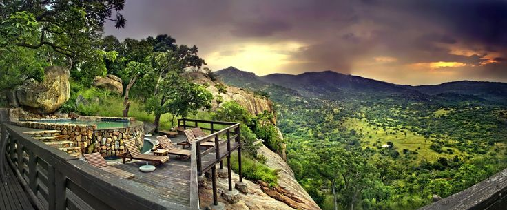 Bongani Mountain Lodge is ideally situated in the shadows of the Malelane Mountain range in the 8 000 hectare Mthetomusha Game Reserve, on the south western border of the world renowned Kruger National Park  Book with us on 0860 119 119