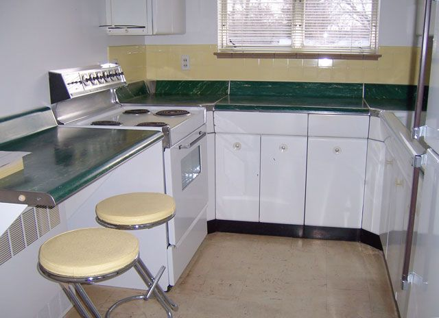 Retro 1 Bdm Apt. with Free Laundry Heat & Water Paid - Billings MT Rentals | Enjoy retro style 1 bedroom apartment across from Terry Park. Clean quiet secure building. Large laundry room with sinks and clothes line. Machines are FREE for the tenants. Electricity bill for lights is approximately $15 per month. Air ... | Pets: Not Allowed | Rent: $595.00 | Call CNJ Properties at 406-252-2885 or 406-672-2372