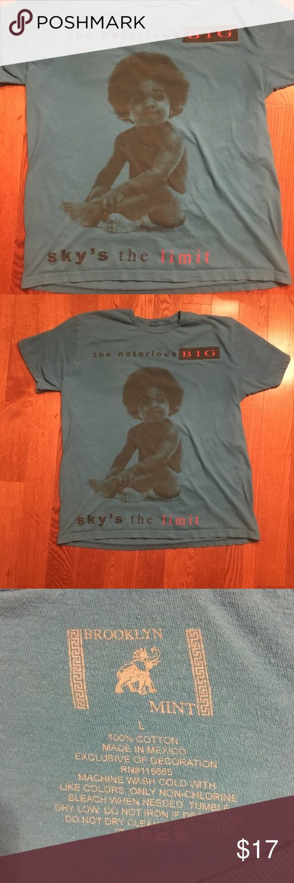 Notorious BIG tee shirt 🔥🔥awesome Biggie smalls/Notorious B.I.G. album tee. Sky's The Limit album cover  Tagged size: L, fits to size Condition: great used condition, 9/10   #depop #depopusa #depopfamous #starter #Columbia #vintagecolumbia #nike #vintagenike #vintage #kappa #vintagekappa #tommyhilfiger #vintagetommyhilfiger #ralphlauren #champion #patagonia #northface #supreme #gucci #nautica #vintagenautica Shirts Tees - Short Sleeve