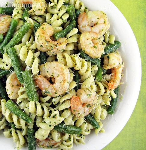 Shrimp, Green Beans and Pasta with Pesto Sauce