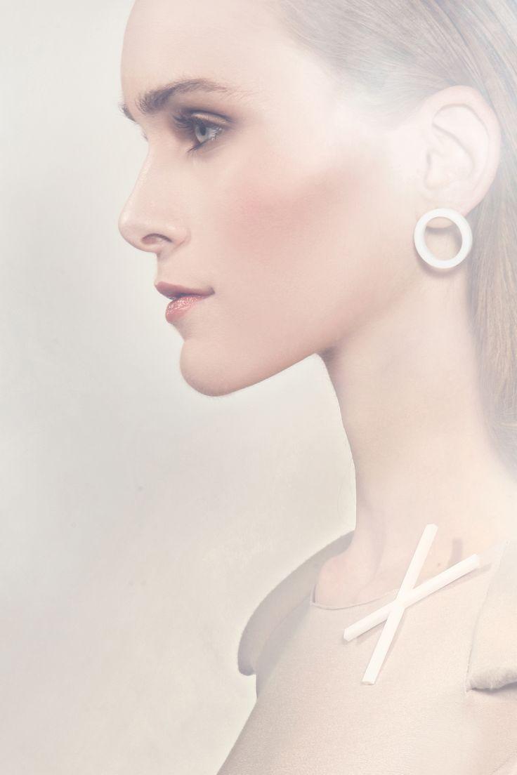 2d3D earings  photo: Ondřej Janů model: Simona Janů Eisenwortová make-up a hair: Soňa Šajdáková