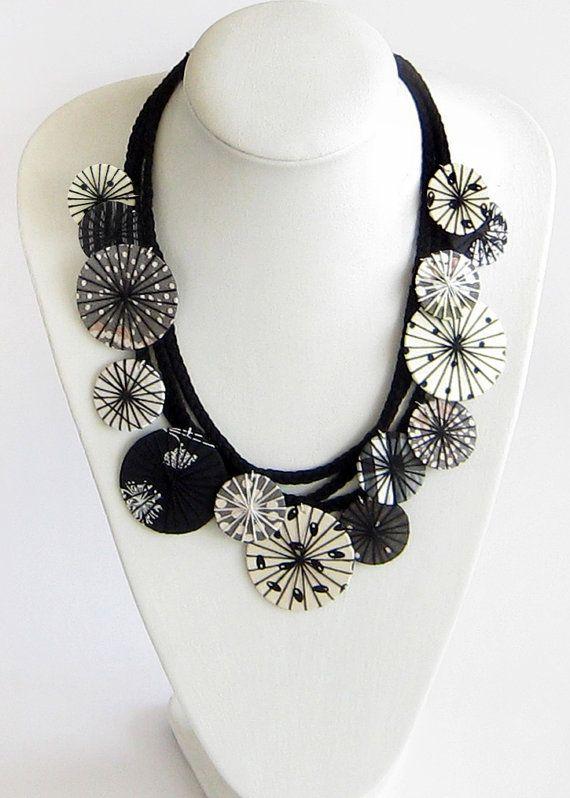 Verklaring stof ketting zwart witte ketting textiel ketting