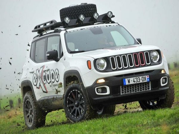 another modded Euro trailhawk from France Jeep Renegade