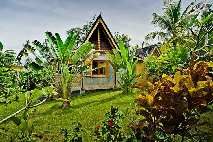Unique Balinese Tropical Paradise. JOGLO HOUSE