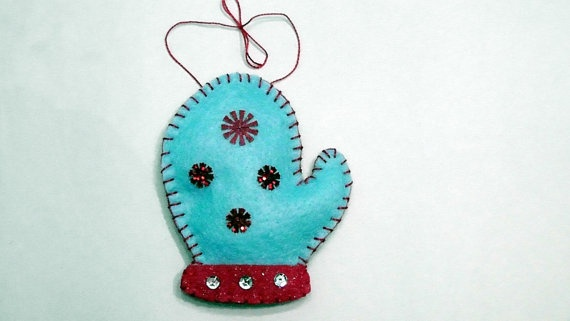 Blue Mitten Felt Ornament Handmade by MarthasXmasCrafts on Etsy, $6.95