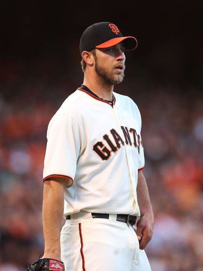 Madison Bumgarner #40 of the San Francisco Giants