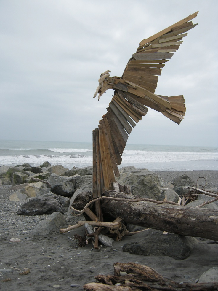 Donald Buglas's sculpture at this years Driftwood and Sand ...