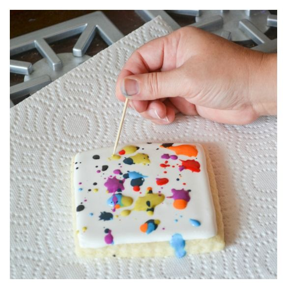 paint splatter canvas cookies-for cookie decorating (and nom nom-ing) at the park