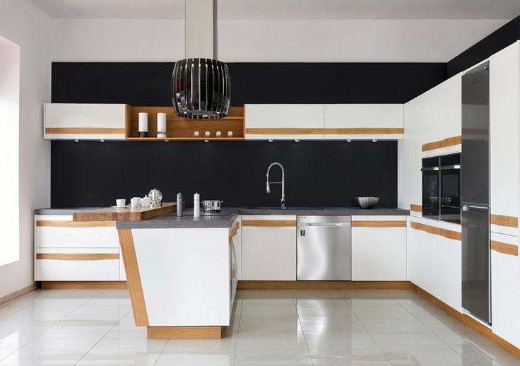 Nowoczesne aranżacje to subtelny minimalizm, prostota i przestrzeń połączone oczywiście z funkcjonalnością✨.  Właśnie takie cechy posiada realizacja Studia Jurimex – po więcej zdjęć 📷 zapraszamy na naszą stronę: https://www.maxkuchnie.pl/galeria/kuchnia-w-domu/studio-jurimex-nowoczesna-kuchnia-216,650.html