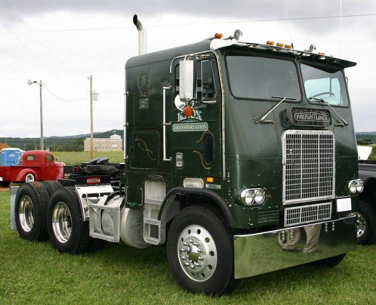 Short Wheelbase 1979 Freightliner Cabover | Semi trucks ...