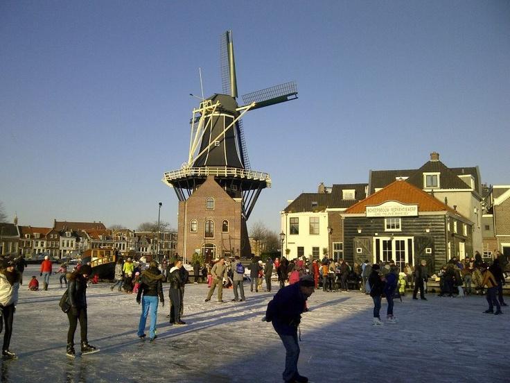 Molen De Adriaan, winter 2012
