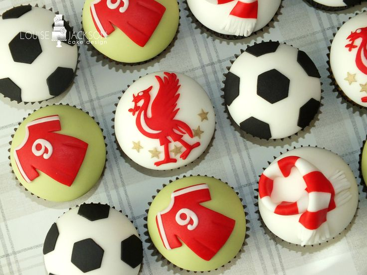 football cupcake cake 25 best ideas about football cakes on 4308