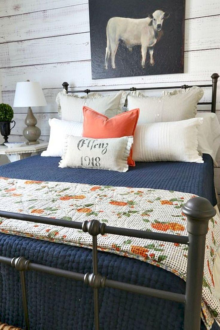 Gorgeous 30 Gorgeous Southern Style Bedroom Decor Ideas https://homeylife.com/30-gorgeous-southern-style-bedroom-decor-ideas/