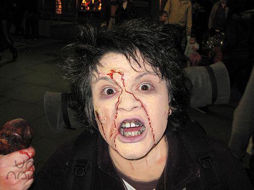 zombie walk 2010 – disfraz de peregrino zombi: maquillaje – UnaNada - DIY