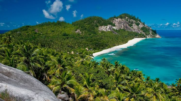awesome NORTH ISLAND SEYCHELLES, the world's most exclusive hotel (PHENOMENAL!) - video