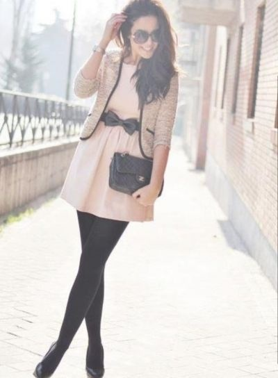 cute dress and tights!