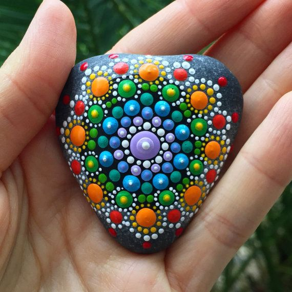 This natural Heart shaped ocean mandala stone handpainted by me is a very special piece. It has a beautiful energy and is colorful, uplifting and healing. It is 2.2 inches long and 2 inches wide at the wide part. (6 centimeters and 5.1 centimeters, accordingly) *** If you love this item, but the price is a bit steep for you, message me with your bid and I will consider it. I will be traveling in summer and hope to find new homes for these creations before then.*** ... I found this na...