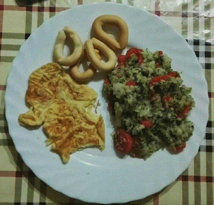 Menestra de verduras y tortilla francesa