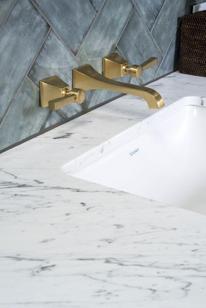 Up close with a Bianco Gioia Marble vanity. Designed by @thomashamel . Stone installed by @europeanmarblecentre  @rachellewisphotography  #cdkstone #biancogioia #biancogioiamarble #marble #naturalstone #naturalbeauty #naturesmasterpiece #bathroomdesign #bathroominspiration #designinspiration