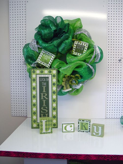 Products for St Patrick's day Wreaths at www.trendytree.com: Emerald Green, Green Wreath, Deco Poly, Poly Mesh, Limes Green, Work Wreaths, Lime Green, St Patrick'S Day, Mesh Ribbons