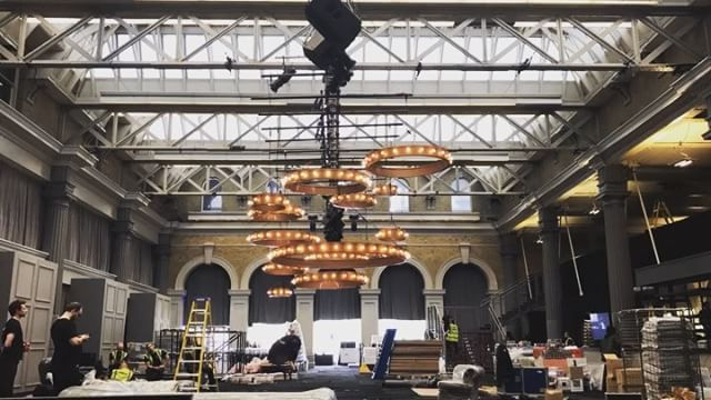 """""""Up goes the statement chandelier lighting! Nothing more exciting than seeing the FC design team's work come to life!  #events #eventprofs #oldbillingsgate #FCdesign #FCproduction #lighting"""" by @fullcircle_team (fullcircle_team). • • What do you think about this one? @contemporarycatering @convenemeetings @conversion_management @coolcanvas,@cortevents_hollyd @cortevents_kerri @craigskill @createtraction,@creatingevents @creative_collaborations_je @creativecoverings…"""