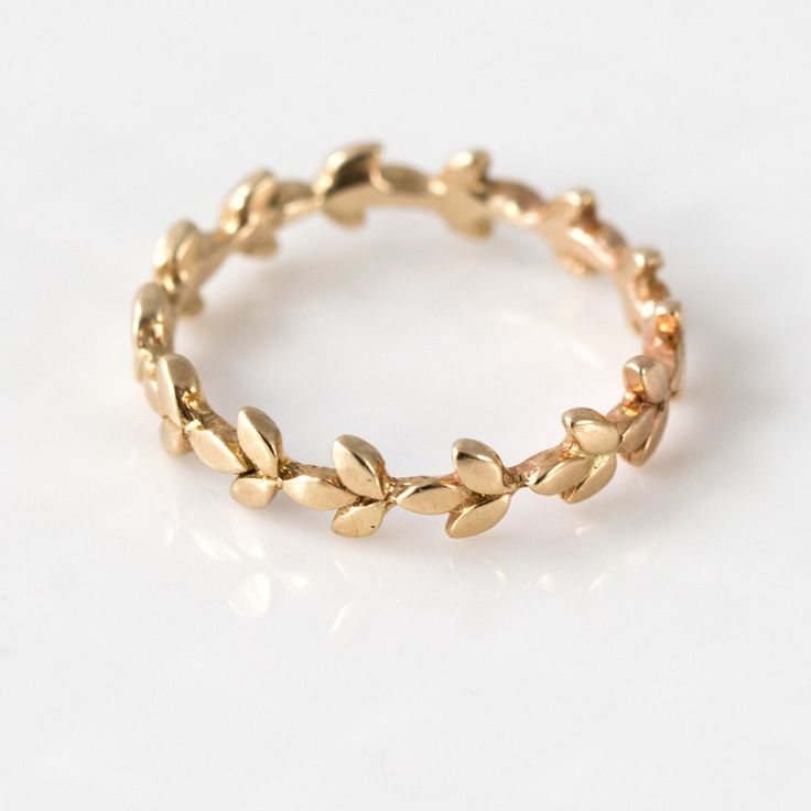 Vine Wedding Band in 14k Gold // 14k Gold Vine Wedding Ring // Intricate Organic Leaf Eternity Ring Design in 14k Gold by MelanieCaseyJewelry on Etsy https://www.etsy.com/uk/listing/193642620/vine-wedding-band-in-14k-gold-14k-gold